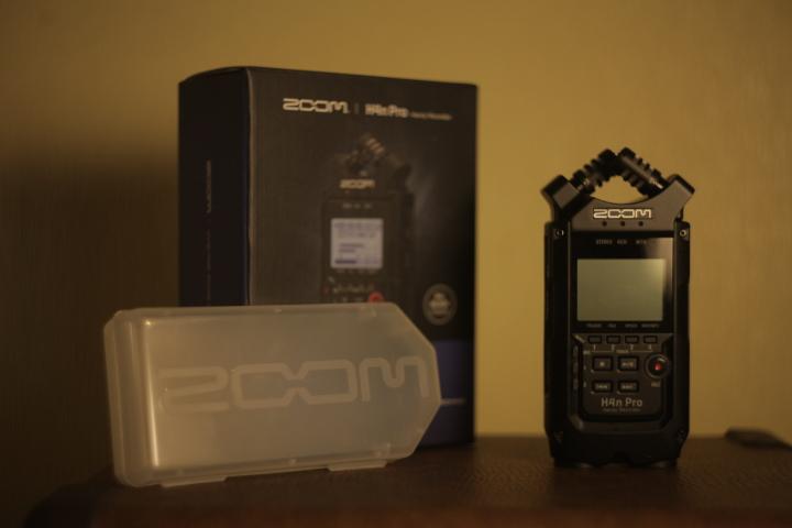 Огляд Zoom H4n PRO. Що це таке та чому він потрібен саме вам?