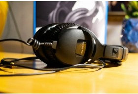 Обзор мониторных наушников Sennheiser HD 300 Pro