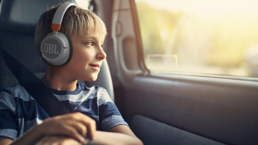 JBL. Новая геймерская гарнитура и детские наушники