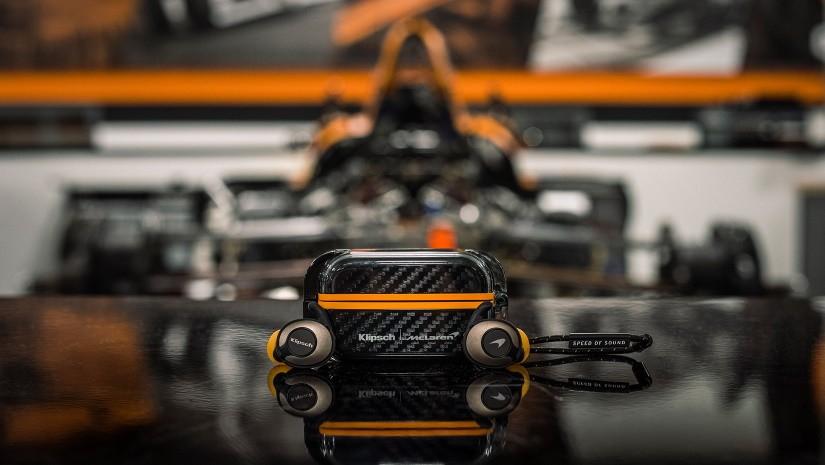 Klipsch T5 II True Wireless Sport McLaren edition – стиль, звук, карбон!